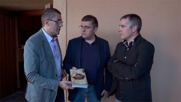 """Los hermanos Tascón presentan en el Castillo de Ponferrada la novela """"La Biblia Bastarda"""""""