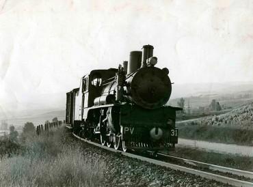 La locomotora nº 31 del Ponfeblino se enciende tras 24 años en desuso