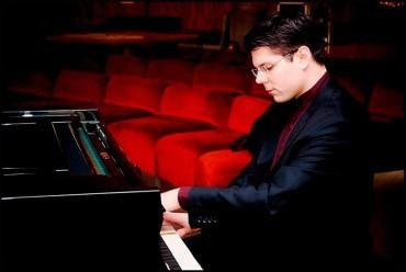 Bruno Vlahek ofrece hoy un concierto en el Conservatorio Cristóbal Halffter