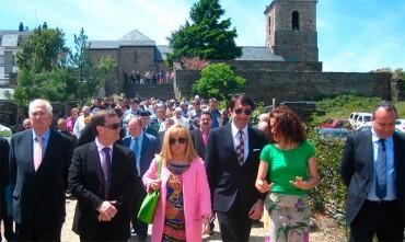 Isabel Carrasco participa en la romería de la Virgen de la Peña
