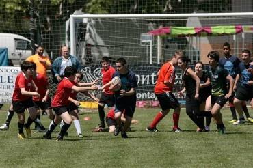 80 niños y niñas participan en la I Jornada de Rugby Base