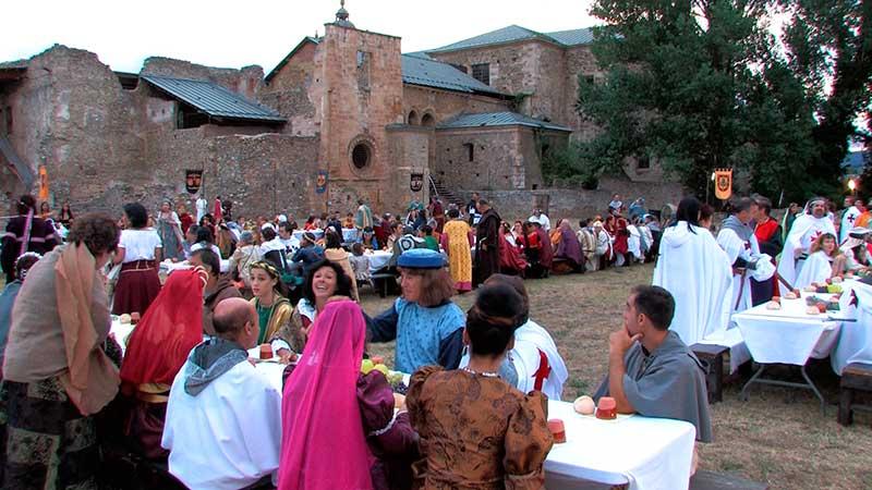 A la venta las entradas para la Cena Medieval en el Monasterio de Carracedo