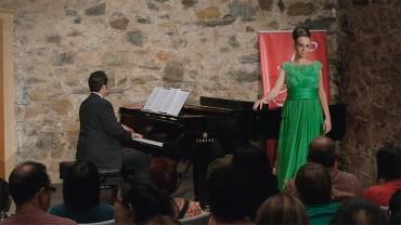 Dúo Verdi homenajea a Guiseppe Verdi en el bicentenario de su nacimiento