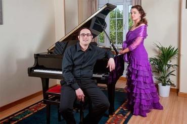 Concierto de soprano y piano como homenaje a Verdi en el ciclo Corteza de Encina