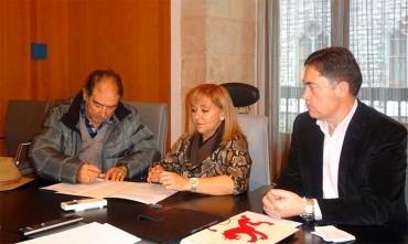 Diputación firma un convenio con la Fundación Gitana Hogar de la Esperanza por 35.000 €