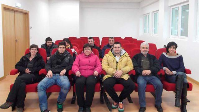 8 personas participan en el programa dual de formación y empleo en Vega de Espinareda