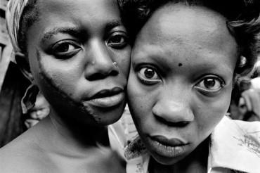 """""""Muzuzangabo"""", la educación sanitaria como única alternativa al VIH en las comunidades africanas"""