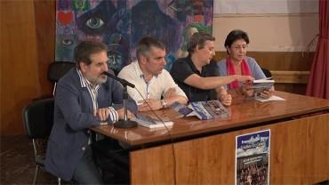 Jota recopila durante 16 años la historia centenaria de uno de los institutos más antiguos de España, el Gil y Carrasco