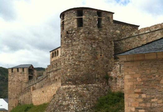 castillo-templarios-ponferrada.jpg