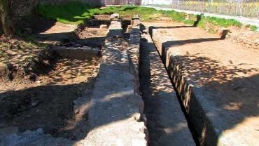 Los colectivos que defienden La Edrada recogen firmas en Change.org para una nueva ubicación del Cementerio de Cacabelos
