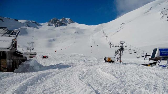 La Diputación prevé abrir las estaciones de esquí de la provincia el miércoles