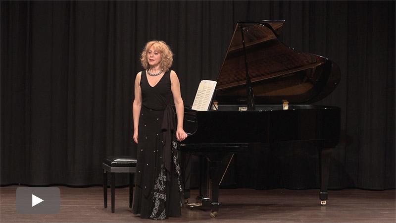 Belén Ordóñez, una compositora e intérprete involucrada en las acrobacias del alma
