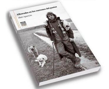 """Abel Aparicio presenta su poemario """"Alboradas en los zurrones del pastor"""" en Bembibre"""