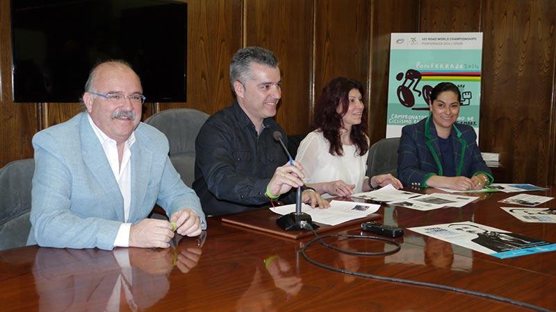 Julio Llamazares inaugurará la Feria del Libro de Ponferrada