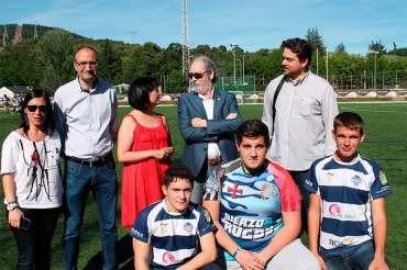 Ángela Marqués se compromete a promover los deportes minoritarios para jóvenes