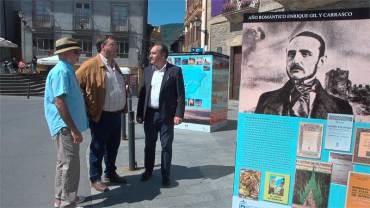 El Consejo inaugura en Villafranca una exposición itinerante sobre el Bierzo y el Año Romántico con fotos de Xurxo Lobato