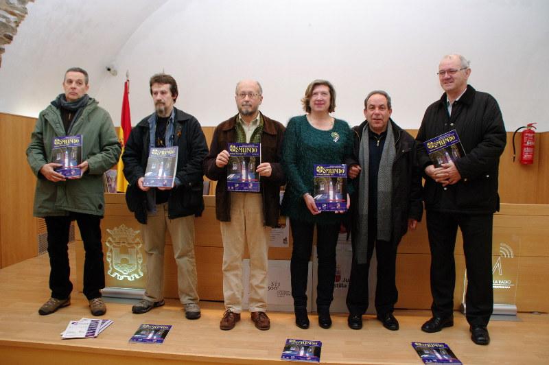 La asociación de Amigos del Camino de Santiago defiende la flecha amarilla en la presentación del nº18 de Osmundo