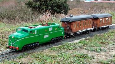El Museo del Ferrocarril acoge un circuito con trenes escala 1:11 preparados para llevar a viajeros
