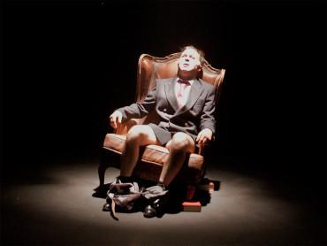 Teatro del Barrio presenta en El rey una ficción cuyo personaje central se llama Juan Carlos I