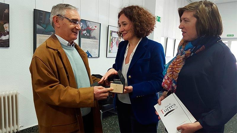 Despedida del archivero-bibliotecario, Justo Magaz, por jubilación
