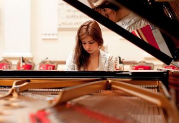 Concierto de Primavera con la Camerata Clásica y la pianista Milena Martínez