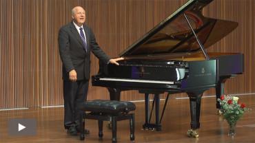Sam Rotman interpreta en el Conservatorio Cristóbal Halffter la música y vida del maestro Beethoven