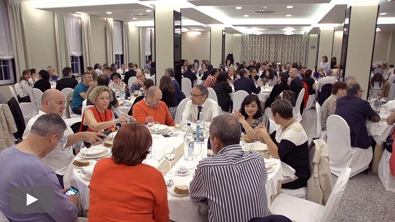 180 personas participan en la primera cena benéfica a favor del Banco de Alimentos del Sil