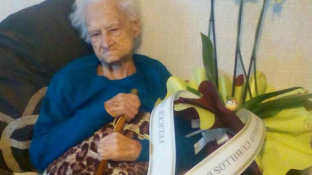 Cubillos del Sil homenajea a su vecina más longeva, Josefa Merayo Regura, de 103 años de edad