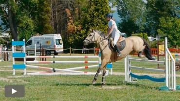 Camponaraya  celebra su I Concurso de Salto con la participación de 60 caballos