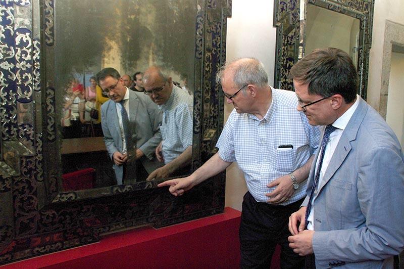 Se presenta el espejo veneciano del siglo XVIII restaurado perteneciente al Camarín de la Basílica
