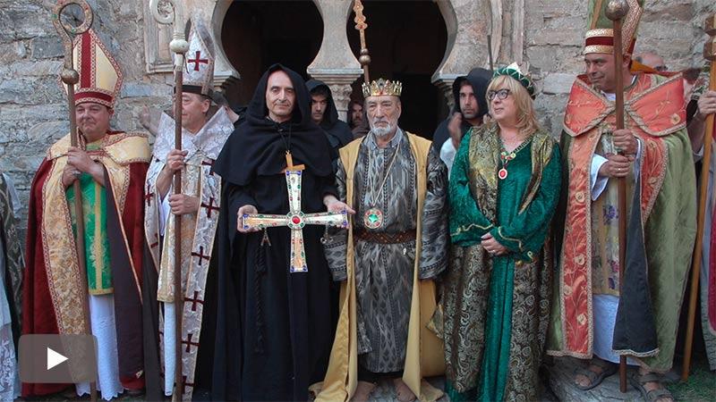 El Valle del Silencio recrea la donación de bienes y la Cruz a la comunidad monástica de Santiago de Peñalba