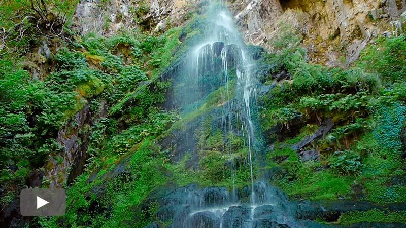 Un paseo por Carracedo de Compludo y la cascada del Gualtón, una de las más bonitas del Bierzo