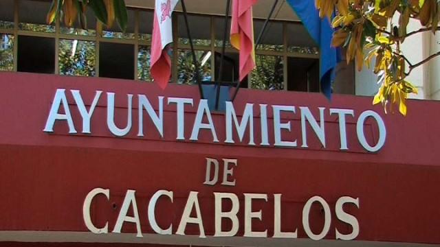 Cacabelos aprueba la ampliación del período de carencia de los préstamos de pago a proveedores