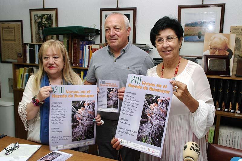 Busmayor acoge la octava edición de los Versos en el Hayedo