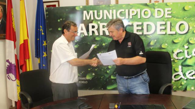 Carracedelo apoya Biocastanea con 20.000 euros