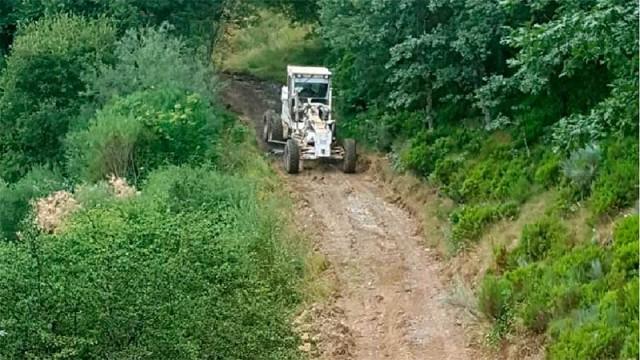Diputación acondiciona la pista de acceso a la captación de agua de San Cristóbal