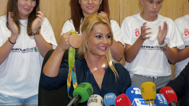 Diputación aprueba las ayudas a las halteras bercianas Lidia Valentín y María Enma López
