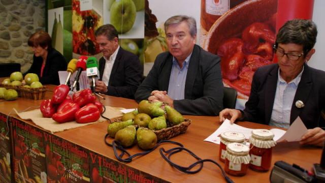 La Feria del Pimiento y de la Fruta del Bierzo se fusionan y sube un 25% la producción de pimientos
