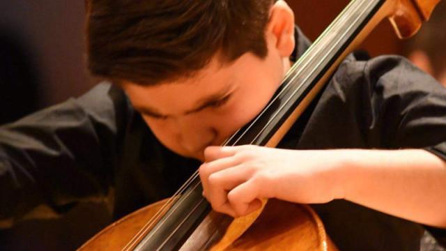 El joven cellista Luis Aracama gana el concurso internacional Antonio Janigro