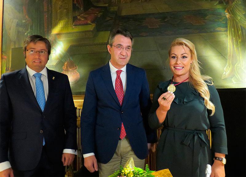 lydia-valentin-medalla-de-oro-al-merito-deportivo
