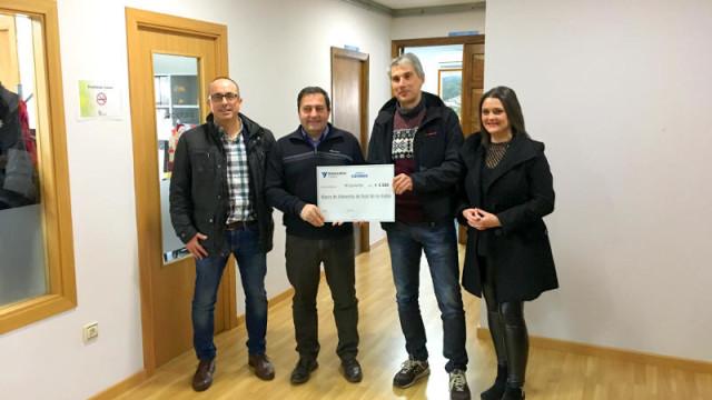 Cementos Cosmos y sus trabajadores donan 3.000 euros al Banco de Alimentos