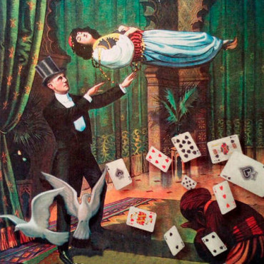 Bembibre vive la magia con espectáculos por sus calles y en el Benevivere