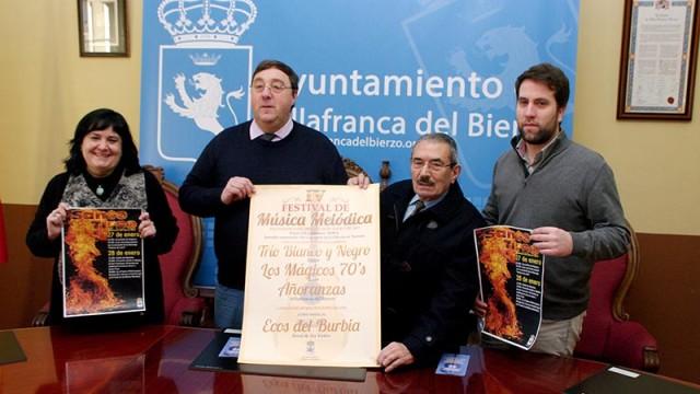 Villafranca celebra Santo Tirso con la tradicional hoguera y el Festival de Música Melódica
