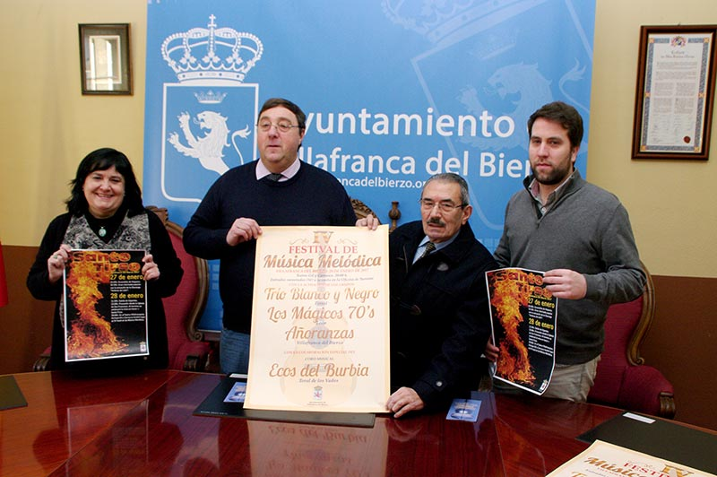 Presentación de las Fiestas de Santo Tirso en Villafranca del Bierzo. Foto: Raúl C.