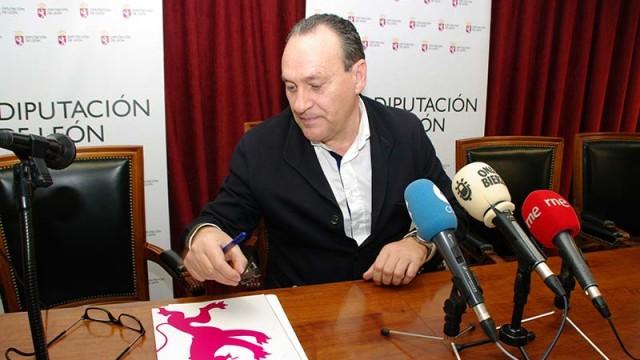 Arias niega un trato discriminatorio de la Diputación hacia el Consejo