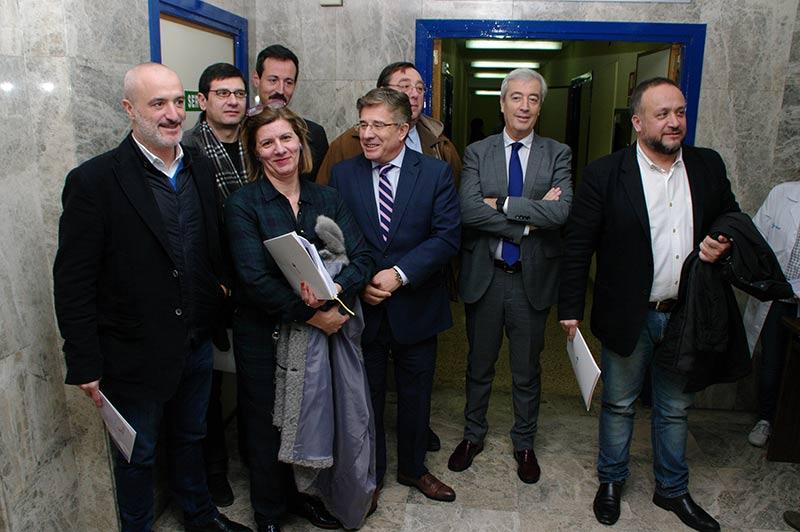 Reunión del gerente regional de Sanidad con los alcaldes del Bierzo. Foto: Raúl C.