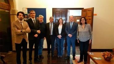 Los rectores de la ULE y UVI presentan al Ayuntamiento la red CRUSOE para dinamizar el Campus