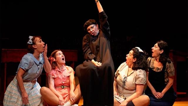 El Bergidum celebra el Día de la Mujer con el estreno de la versión femenina de 'El florido pensil'