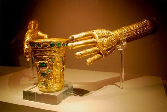 marca-arqueologia-precolombina.jpg