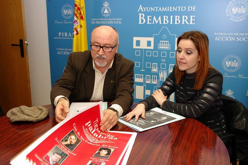 Laura Álvarez y Nicanor García presentan el ciclo 'Tiempo de palabras'. Foto: Raúl C.